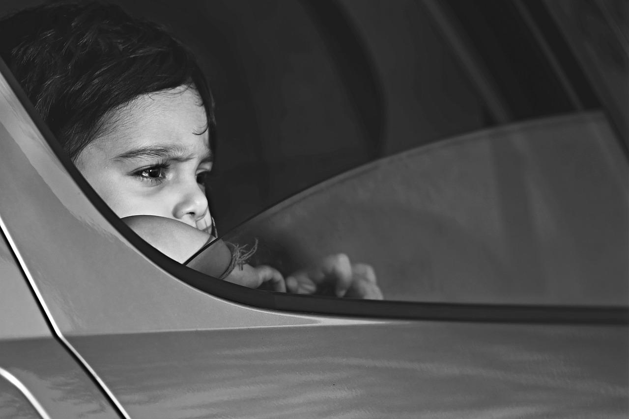 Jak przewozić dzieci w samochodzie?