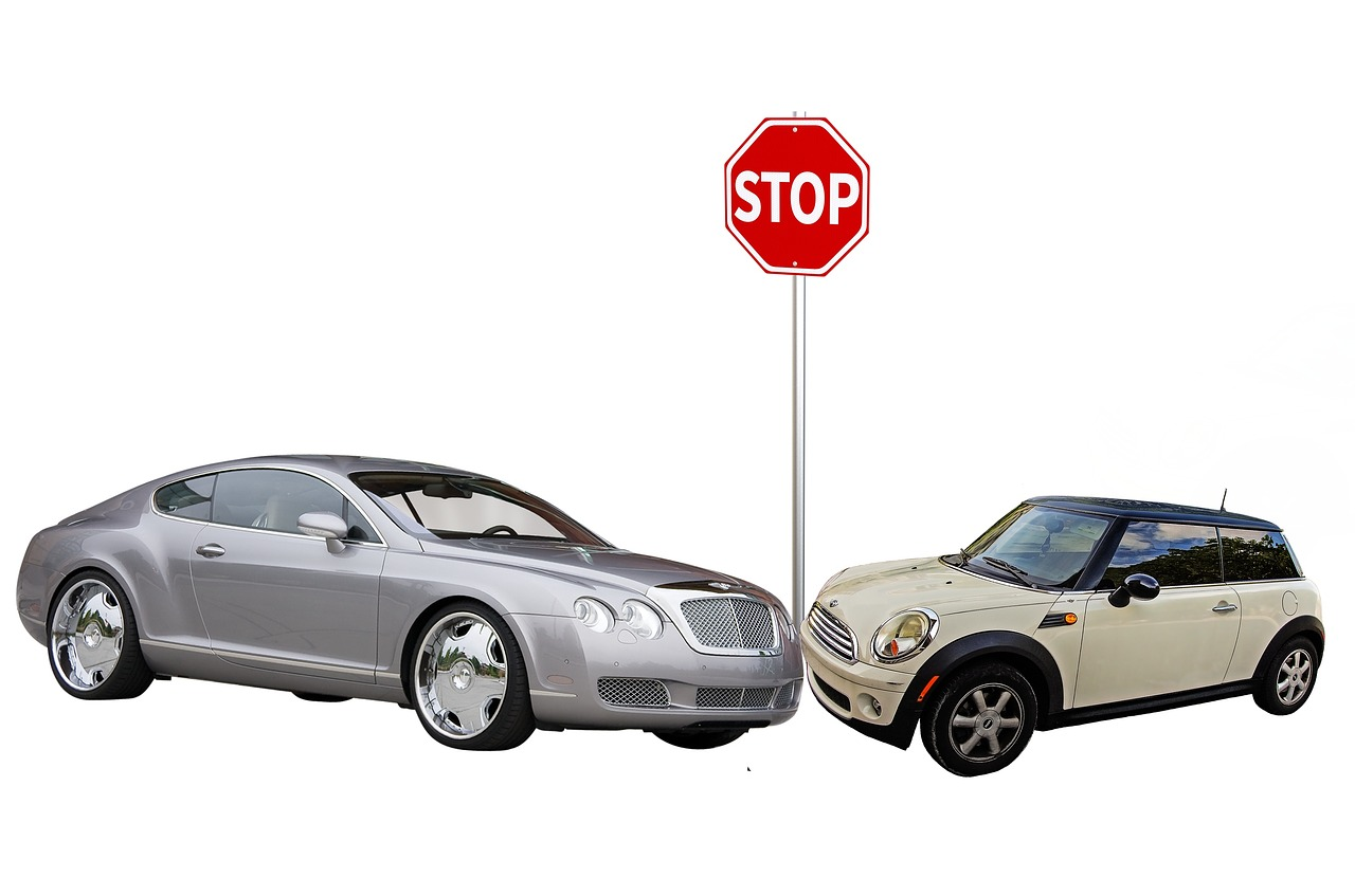 Jak zachować się po kolizji samochodowej?