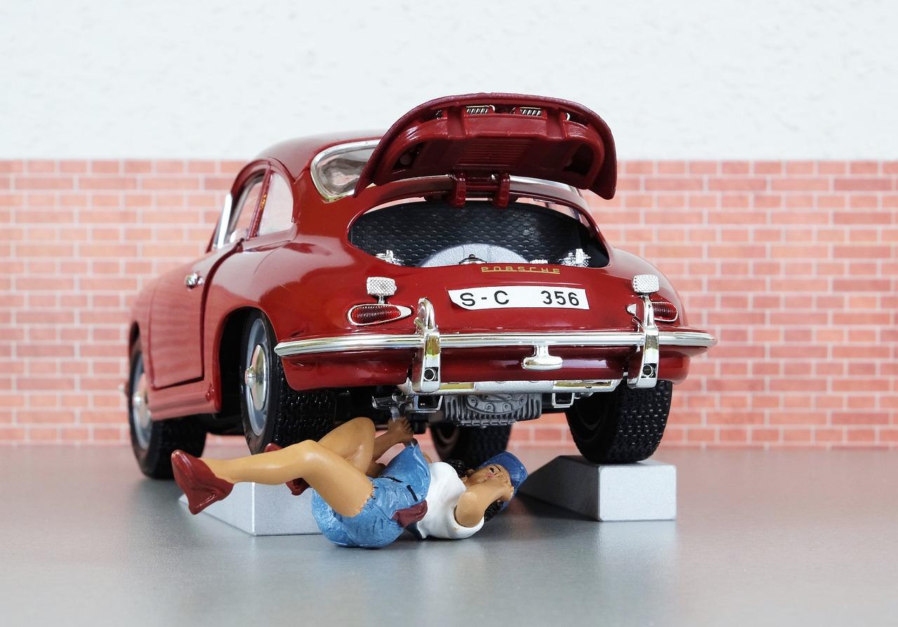 Najczęstsze awarie samochodowe i jak sobie z nimi poradzić?